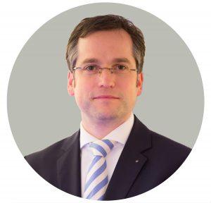 M&A Expert Professor Christopher Kummer