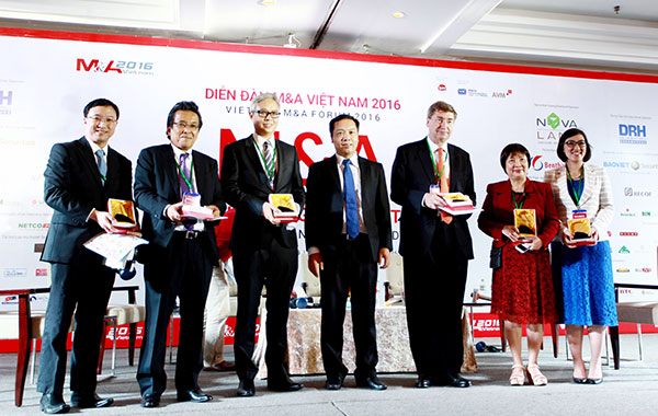 Top winners of Vietnam M&A Forum 2016 awards announced