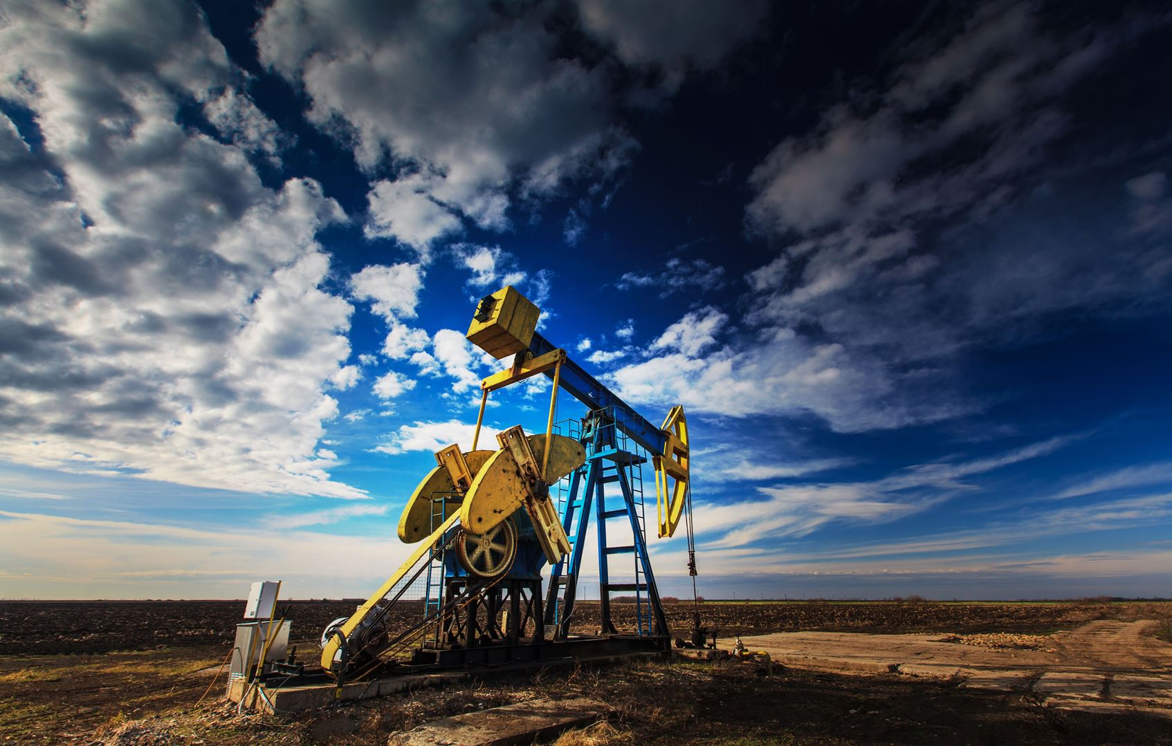 Global Oil And Gas Transactions Review 2015